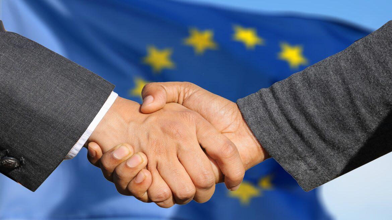 """La gobernanza y los límites de las Relaciones Internacionales: Una introducción al estudio de la Política Global"""""""